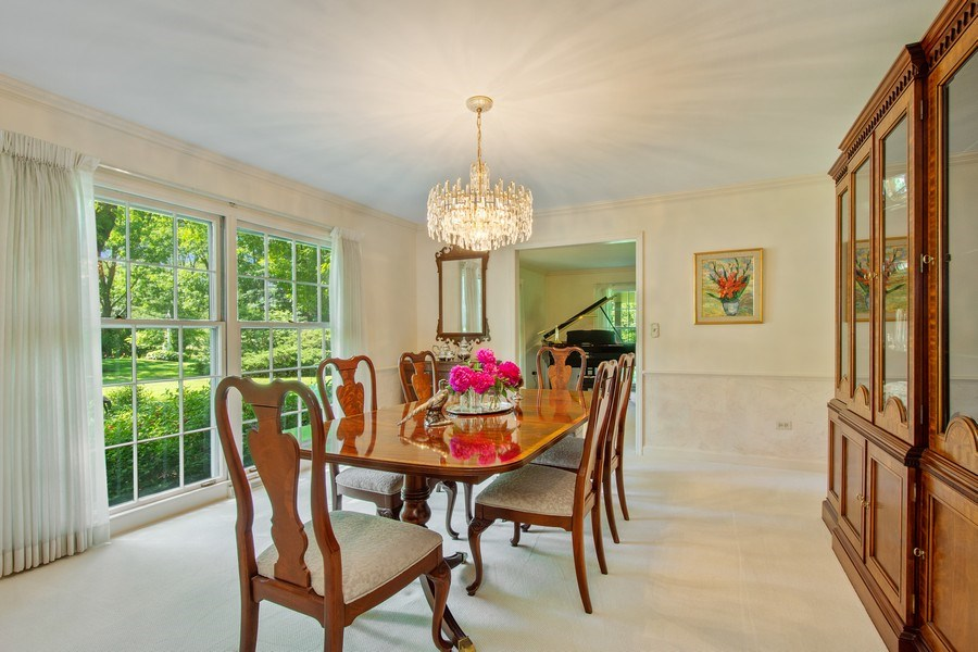 Real Estate Photography - 308 Grayfriars Ln, Inverness, IL, 60067 - Dining Room