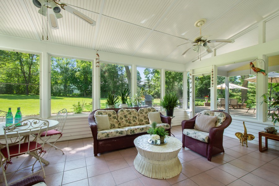 Real Estate Photography - 308 Grayfriars Ln, Inverness, IL, 60067 - Screened Porch