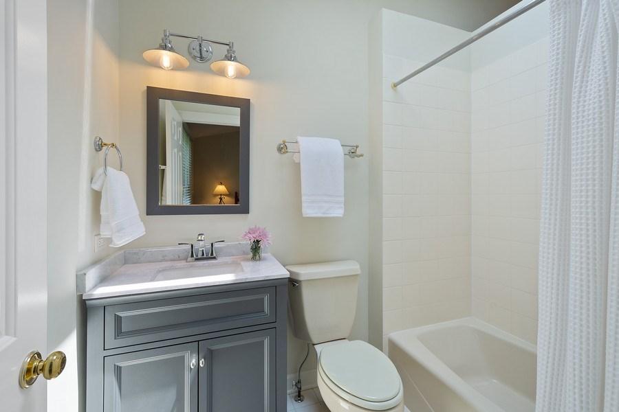 Real Estate Photography - 664 Oak Rd, Barrington, IL, 60010 - Ensuite Bathroom