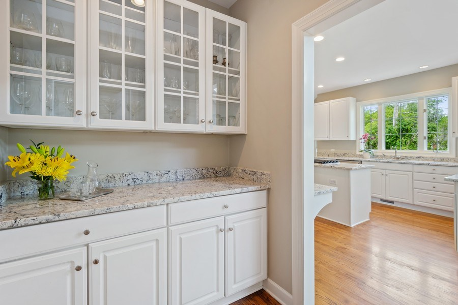 Real Estate Photography - 664 Oak Rd, Barrington, IL, 60010 - Butler's pantry