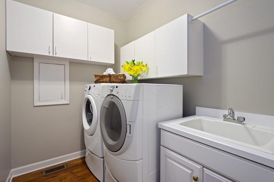Real Estate Photography - 664 Oak Rd, Barrington, IL, 60010 - Laundry Room