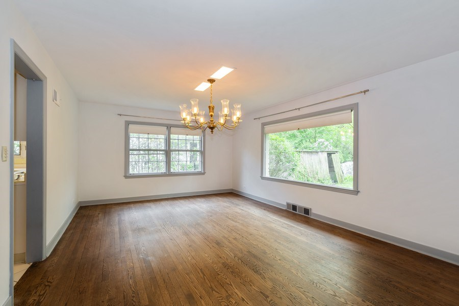 Real Estate Photography - 1154 Sheridan Rd, Highland Park, IL, 60035 - Dining Room