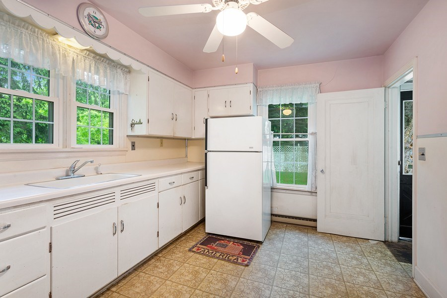 Real Estate Photography - 8795 Turner Rd, Lakeside, MI, 49116 - Kitchen
