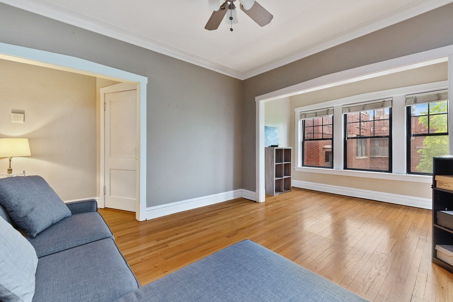 Real Estate Photography - 633 Garfield St, Oak Park, IL, 60304 - Family Room