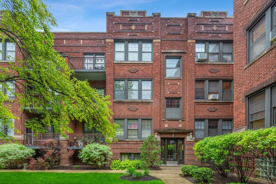 Real Estate Photography - 633 Garfield St, Oak Park, IL, 60304 - Front View