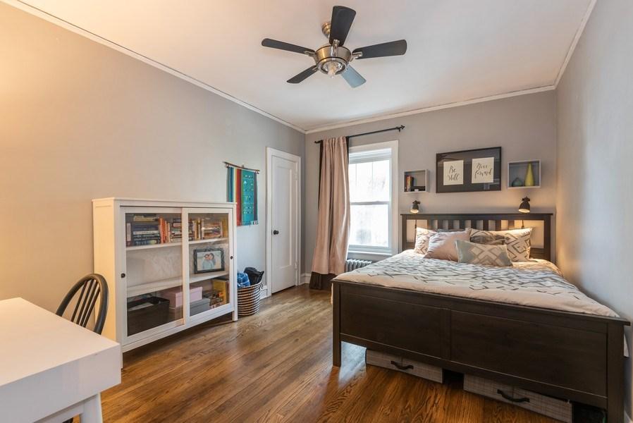 Real Estate Photography - 803 Elmwood, #1N, Evanston, IL, 60202 - Bedroom