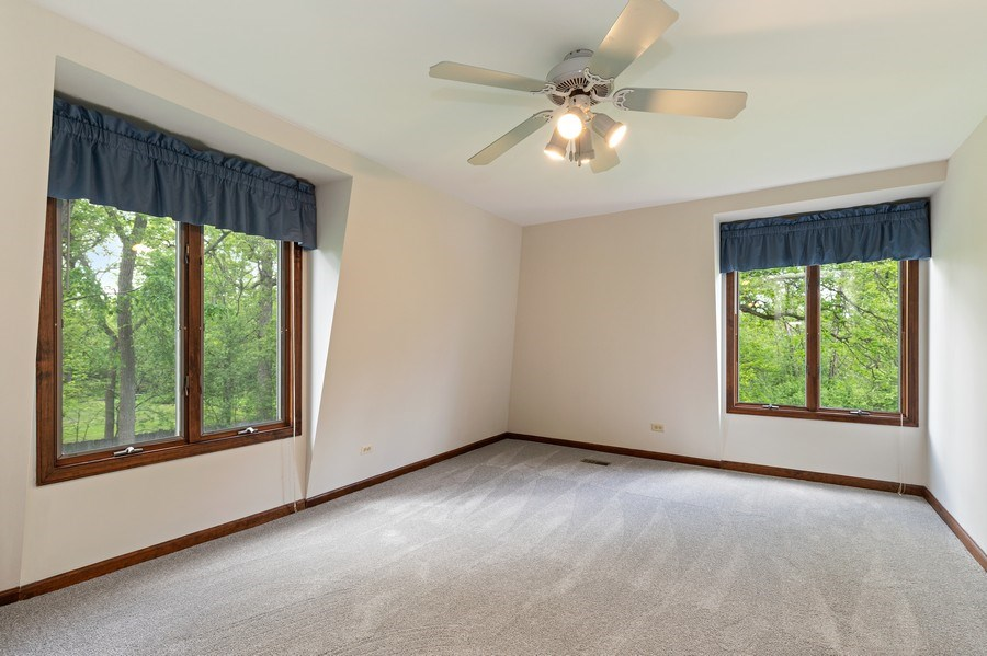 Real Estate Photography - 980 Oak Spring Ln, Libertyville, IL, 60048 - 2nd Bedroom