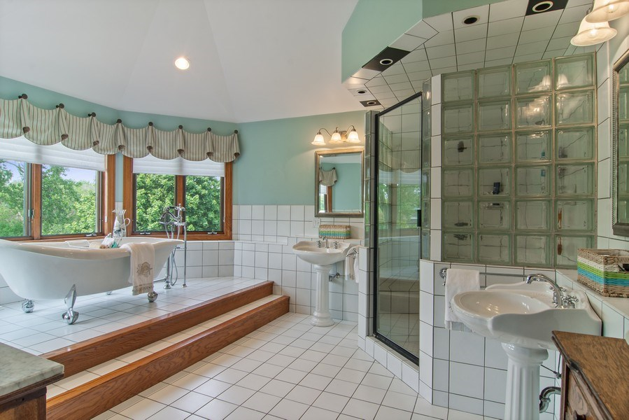 Real Estate Photography - 145 Cloverhill Lane, North Barrington, IL, 60010 - Master Bathroom