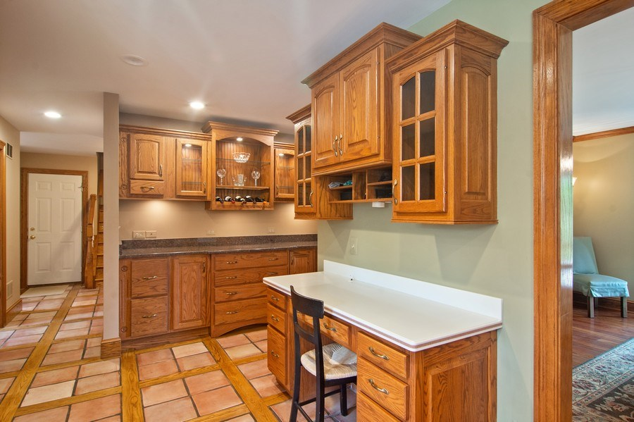 Real Estate Photography - 145 Cloverhill Lane, North Barrington, IL, 60010 - Kitchen