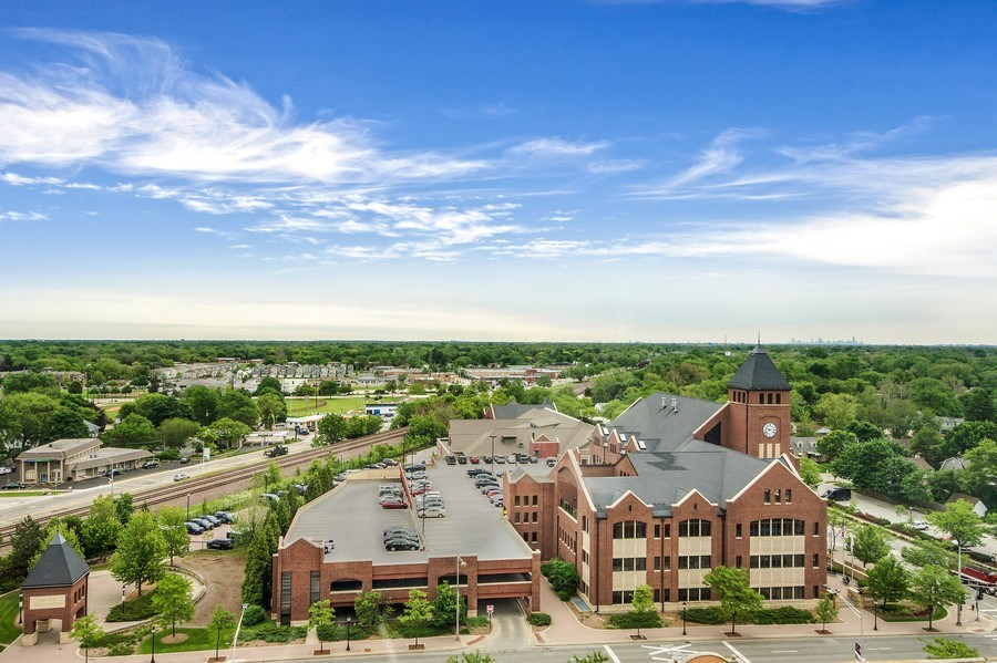 Real Estate Photography - 77 S Evergreen Ave, #1201, Arlington Heights, IL, 60005 - View