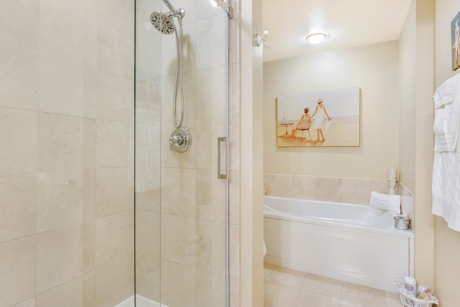 Real Estate Photography - 77 S Evergreen Ave, #1201, Arlington Heights, IL, 60005 - Master Bathroom
