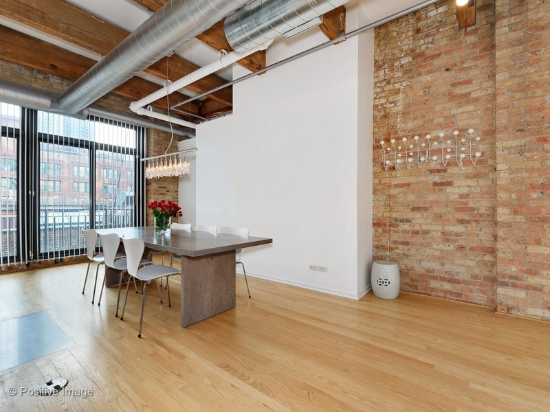 Real Estate Photography - 375 W Erie #524, Chicago, IL, 60657 -
