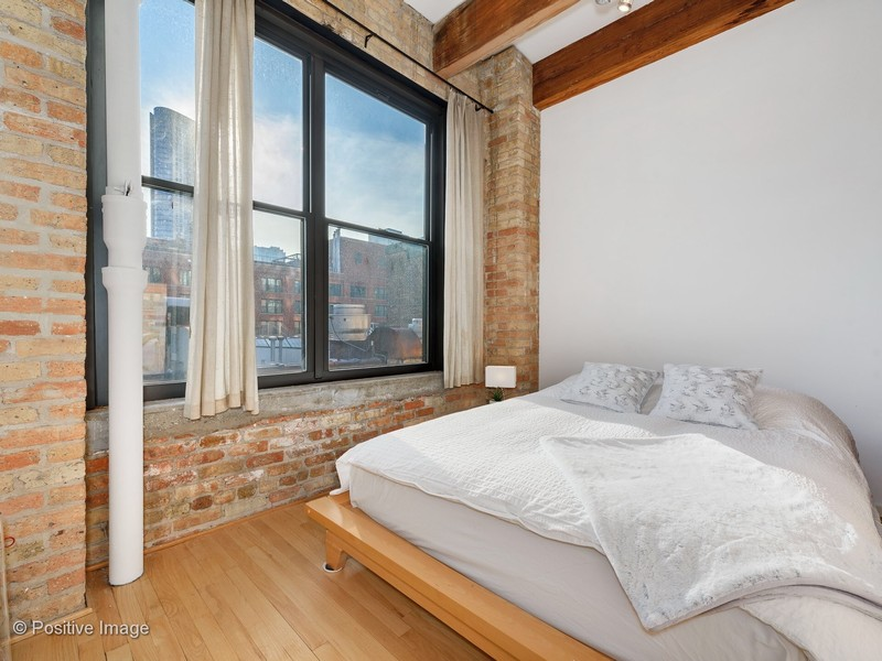 Real Estate Photography - 375 W Erie #524, Chicago, IL, 60657 - 2nd Bedroom