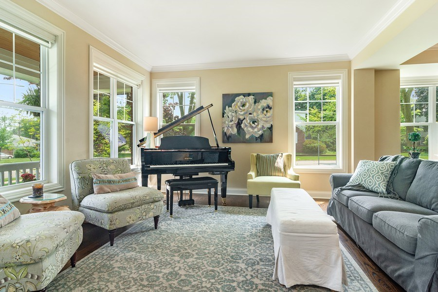 Real Estate Photography - 15 E Willow, Arlington Heights, IL, 60004 - Living Room