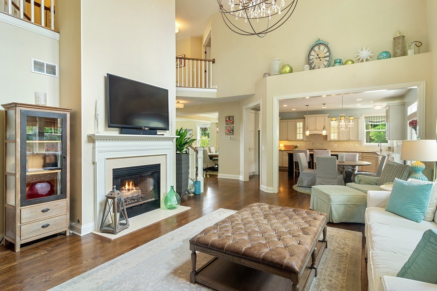Real Estate Photography - 15 E Willow, Arlington Heights, IL, 60004 - Family Room
