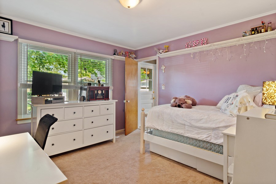 Real Estate Photography - 824 N Yale Ave, Arlington Heights, IL, 60004 - 2nd Bedroom