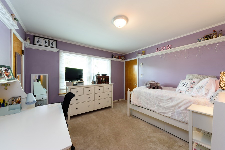 Real Estate Photography - 824 N Yale Ave, Arlington Heights, IL, 60004 - 3rd Bedroom