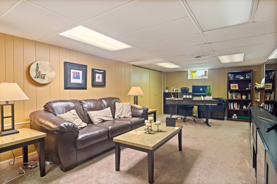 Real Estate Photography - 824 N Yale Ave, Arlington Heights, IL, 60004 - Lower Level