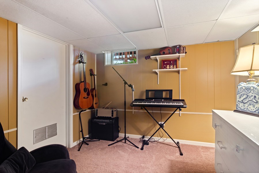 Real Estate Photography - 824 N Yale Ave, Arlington Heights, IL, 60004 - Basement