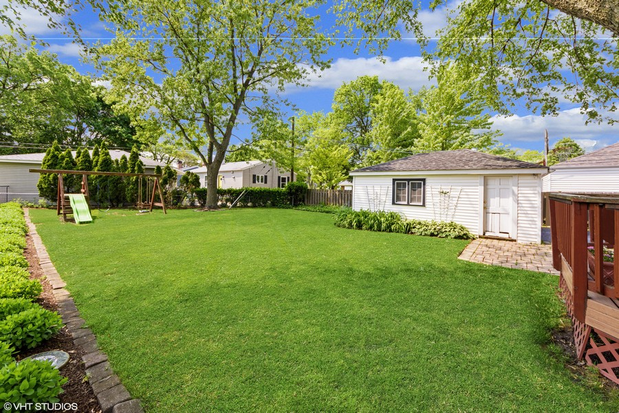 Real Estate Photography - 824 N Yale Ave, Arlington Heights, IL, 60004 -