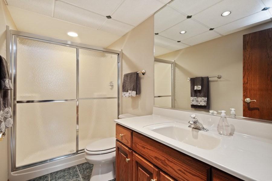 Real Estate Photography - 785 S Fairfield, Elmhurst, IL, 60126 - 2nd Bathroom