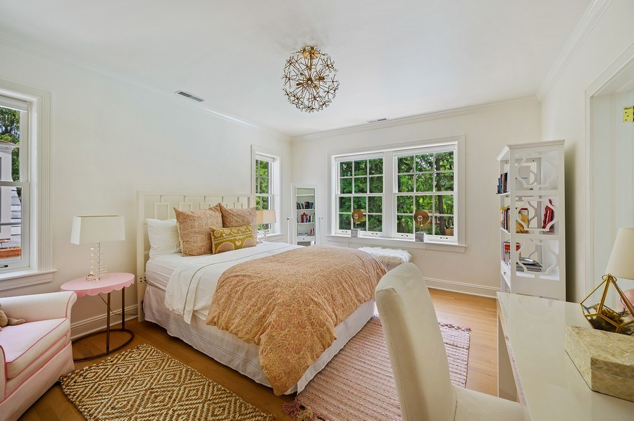 Real Estate Photography - 90 Indian Hill Road, Winnetka, IL, 60093 - 2nd Bedroom