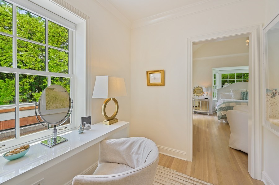 Real Estate Photography - 90 Indian Hill Road, Winnetka, IL, 60093 - Dressing Area