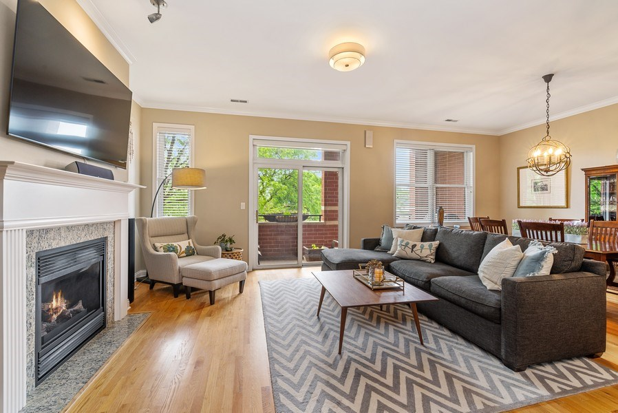 Real Estate Photography - 4721 N. Clark St, #2N, Chicago, IL, 60640 - Living Room / Dining Room