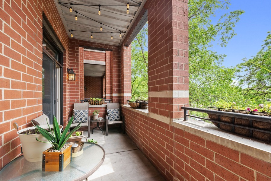 Real Estate Photography - 4721 N. Clark St, #2N, Chicago, IL, 60640 - Balcony