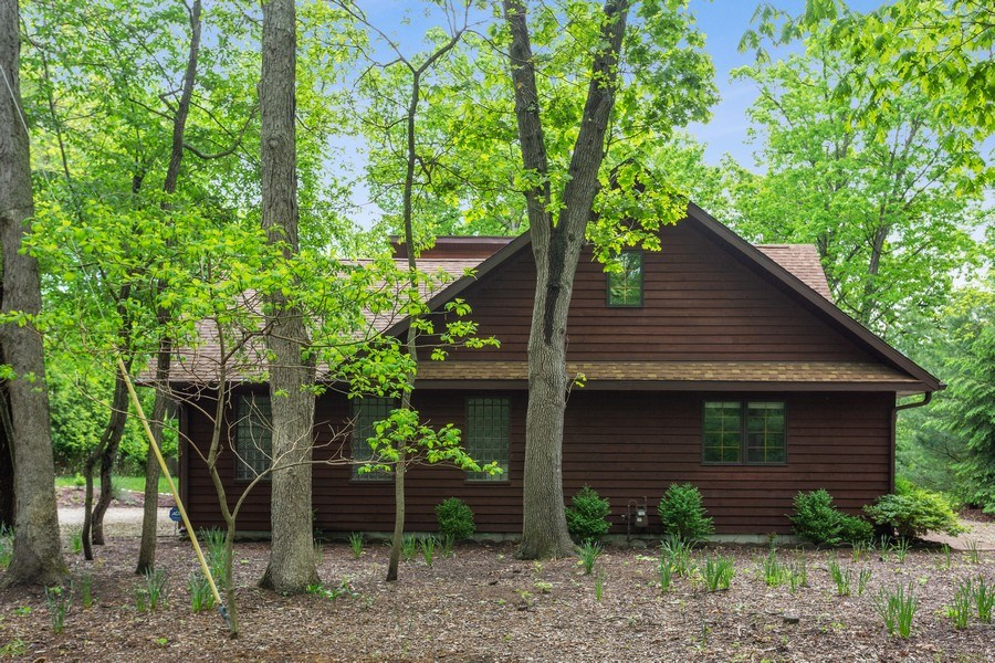 Real Estate Photography - 219 Chickadee Trail, Michigan City, IN, 46360 - Side View