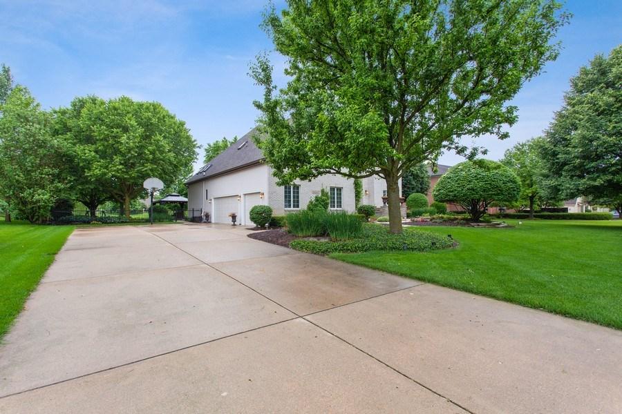 Real Estate Photography - 24547 W. Park River Lane, Shorewood, IL, 60404 - Front View