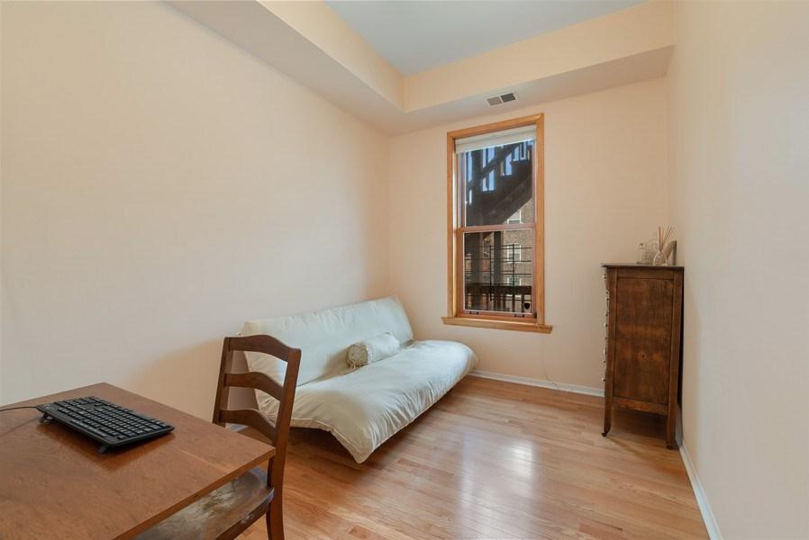 Real Estate Photography - 728 W Aldine Ave, Unit 2E, Chicago, IL, 60657 - 2nd Bedroom