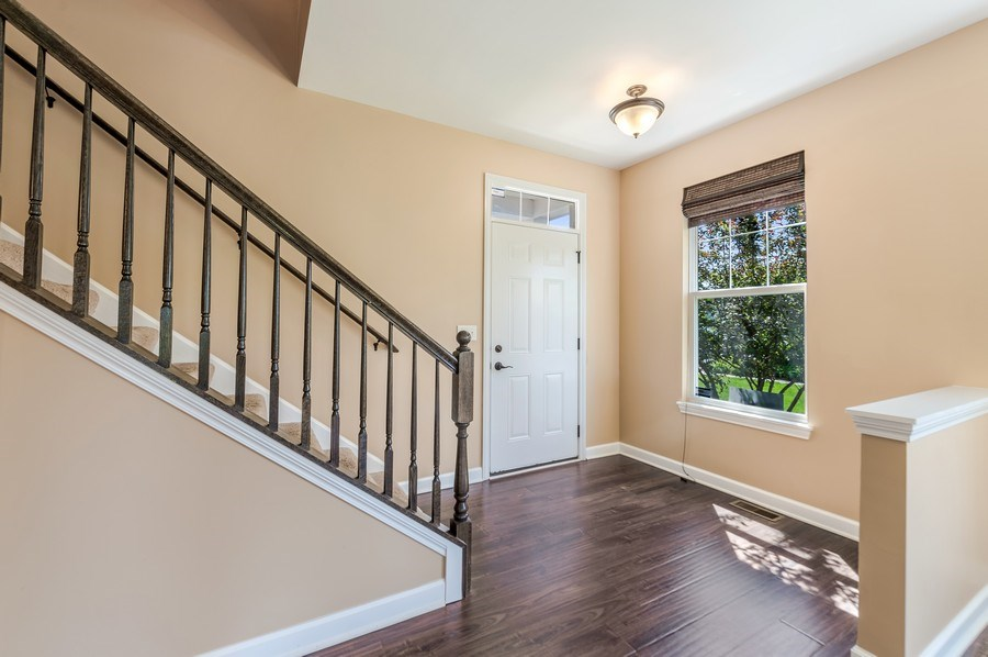 Real Estate Photography - 6N338 Whitmore Cir Unit A, St. Charles, IL, 60174 - Foyer