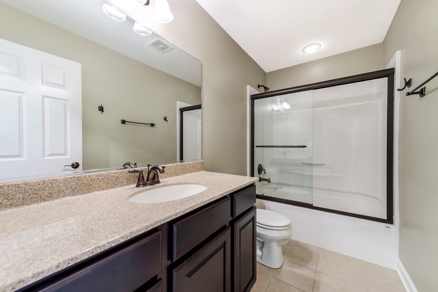 Real Estate Photography - 6N338 Whitmore Cir Unit A, St. Charles, IL, 60174 - Bathroom
