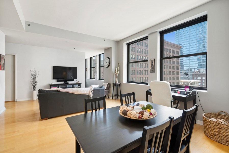 Real Estate Photography - 5 N Wabash, 1606, Chicago, IL, 60602 - Living Room / Dining Room