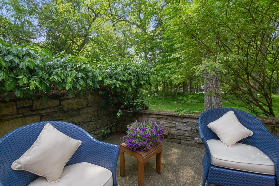 Real Estate Photography - 840 Sheridan Road, Glencoe, IL, 60015 - Back Yard