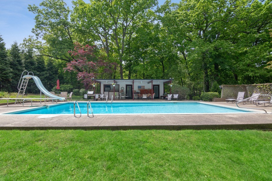 Real Estate Photography - 840 Sheridan Road, Glencoe, IL, 60015 - Pool