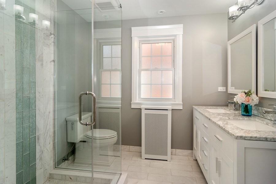 Real Estate Photography - 906 Columbian, Oak Park, IL, 60302 - Master Bathroom
