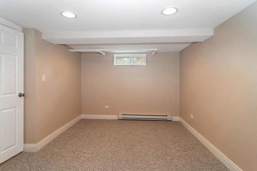 Real Estate Photography - 906 Columbian, Oak Park, IL, 60302 - Office