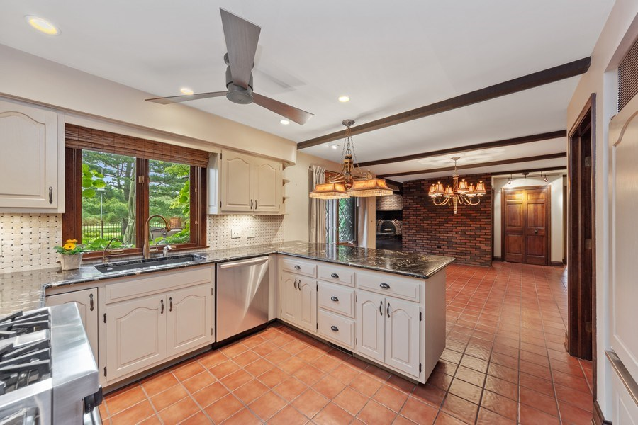 Real Estate Photography - 600 Ruskin Drive, Elk Grove, IL, 60007 - Kitchen