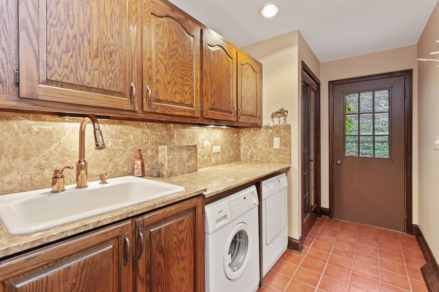 Real Estate Photography - 600 Ruskin Drive, Elk Grove, IL, 60007 - Mudroom
