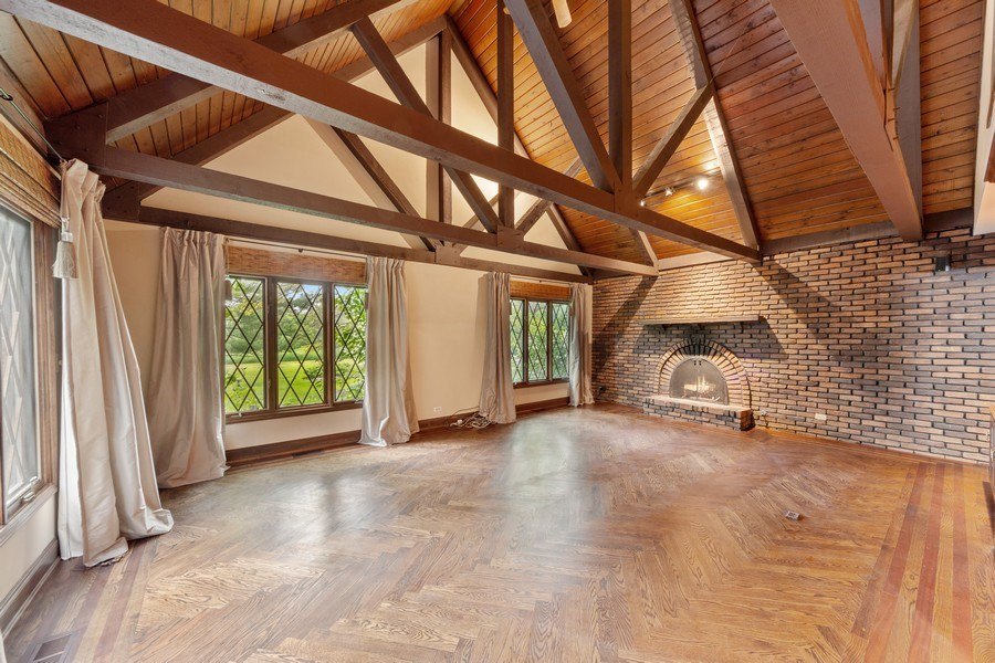 Real Estate Photography - 600 Ruskin Drive, Elk Grove, IL, 60007 - Family Room