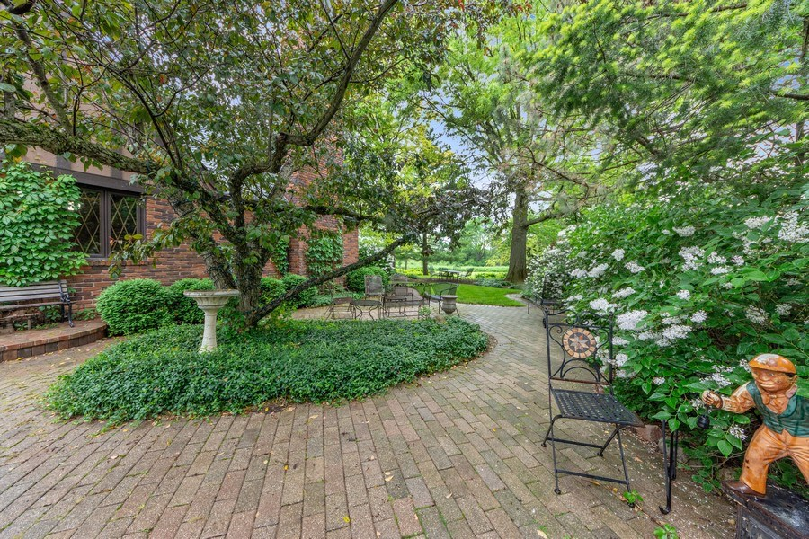 Real Estate Photography - 600 Ruskin Drive, Elk Grove, IL, 60007 - Patio