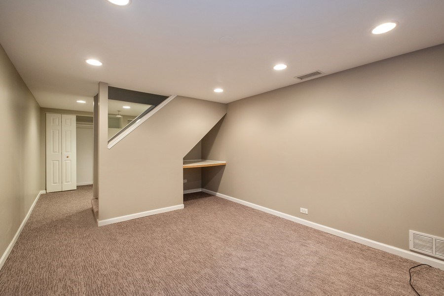 Real Estate Photography - 825 Marion Ave, Highland Park, IL, 60035 - Recreational Room