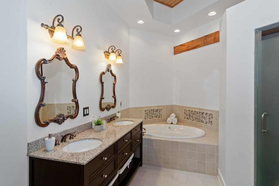 Real Estate Photography - 3201 N Ravenswood, #401, Chicago, IL, 60657 - Master Bathroom