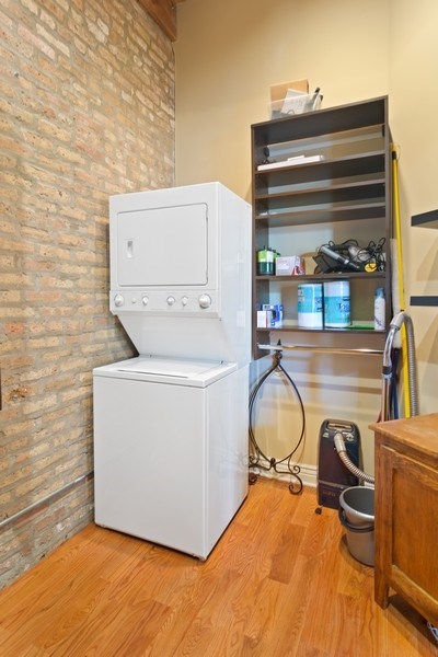 Real Estate Photography - 3201 N Ravenswood, #401, Chicago, IL, 60657 - Laundry Room