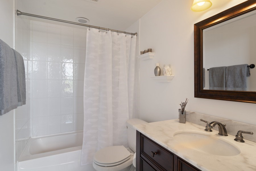 Real Estate Photography - 3201 N Ravenswood, #401, Chicago, IL, 60657 - Bathroom