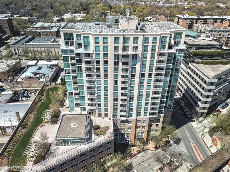 Real Estate Photography - 1640 Maple Avenue, 1207, Evanston, IL, 60201 -