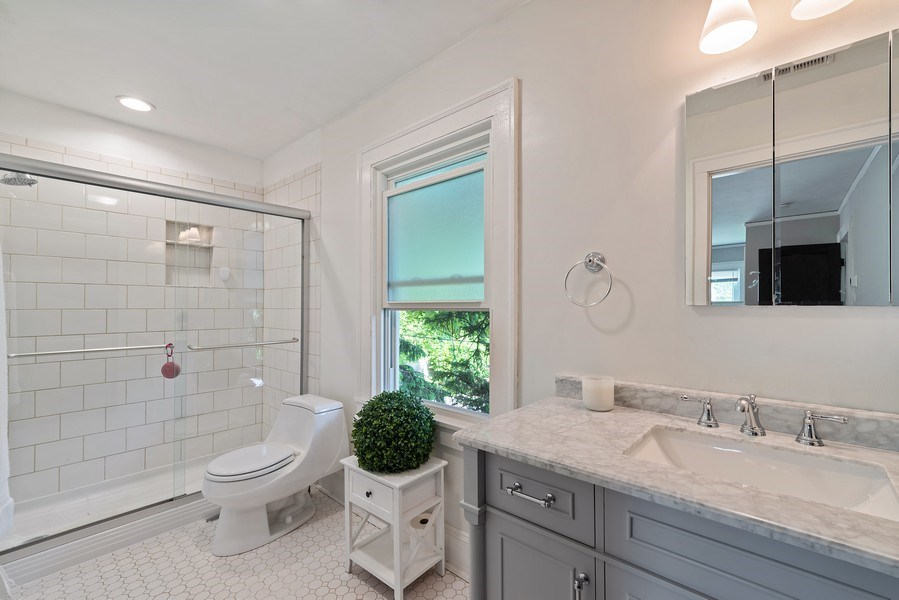 Real Estate Photography - 1159 Green Bay Road, Glencoe, IL, 60622 - Master Bathroom