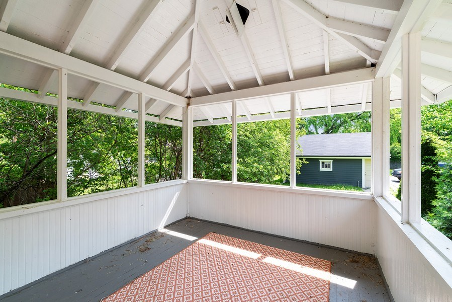Real Estate Photography - 1159 Green Bay Road, Glencoe, IL, 60622 - Porch